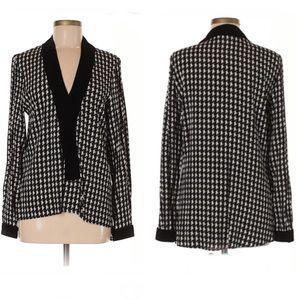 Zara Woman houndstooth blouse
